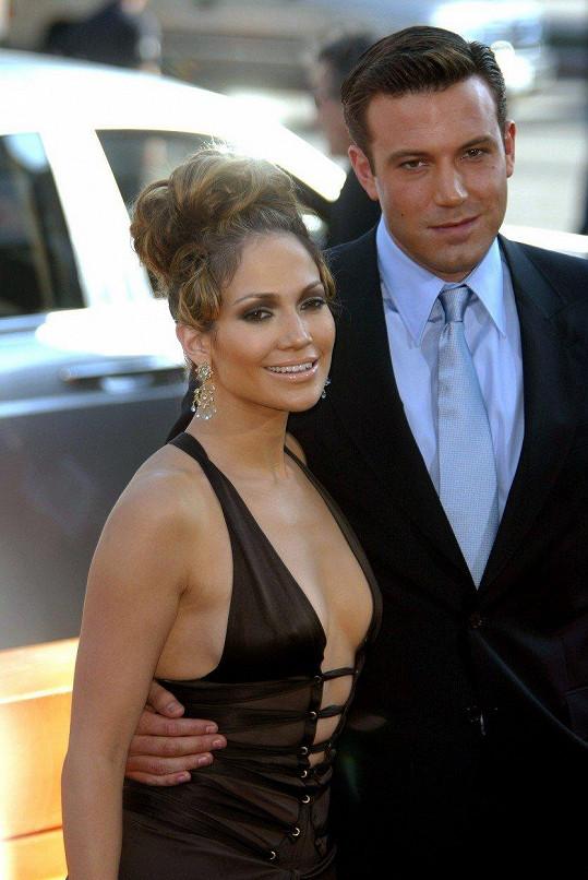 Ben Affleck údajně odvolal svatbu s Jennifer Lopez jen pár dní před obřadem.