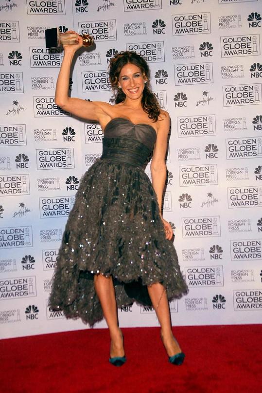 Sarah Jessica Parker v modelu od Chanela v roce 2004