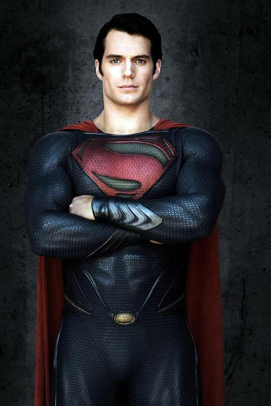 Henry Cavill jako Superman ve filmu Muž z oceli (2013)