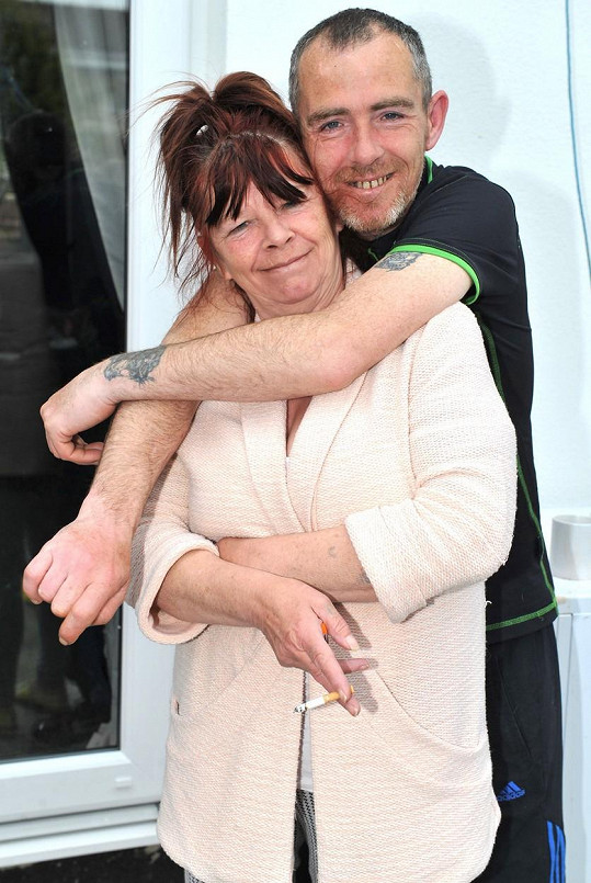 Lee Nutley s matkou Christine, která se také objevila v Benefits Street.