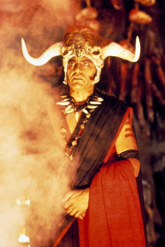 Amrish Puri jako Mola Ram ve druhém díle filmové série