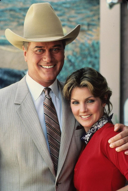 Takhle si ji můžete pamatovat z kultovního seriálu Dallas.