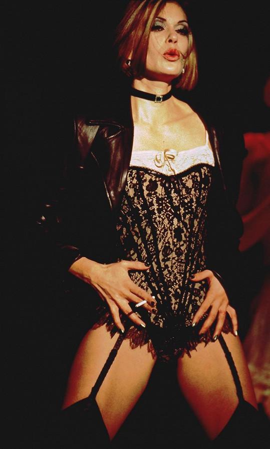 Teri byla sexy i na divadelních prknech.