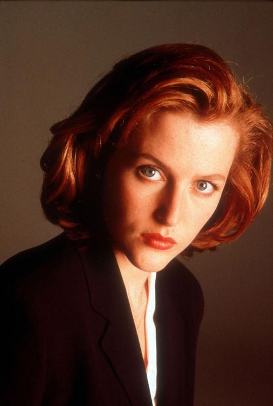Gillian jako Dana Scullyová v Aktech X