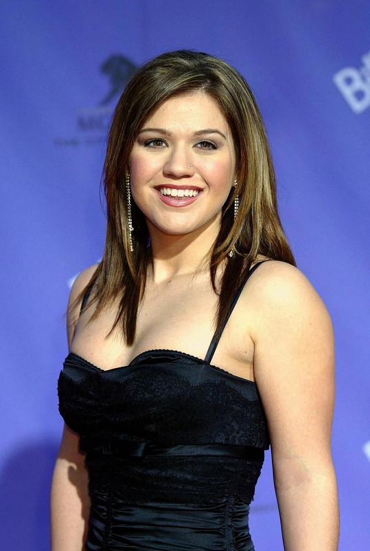 Její kariéra začala výhrou v pořadu American Idol a nyní se kromě zpěvu věnuje také moderování vlastního pořadu a porotcování v soutěží The Voice.