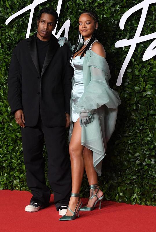 Rihanna je už delší dobu ve vztahu s rapperem A$AP Rockym.