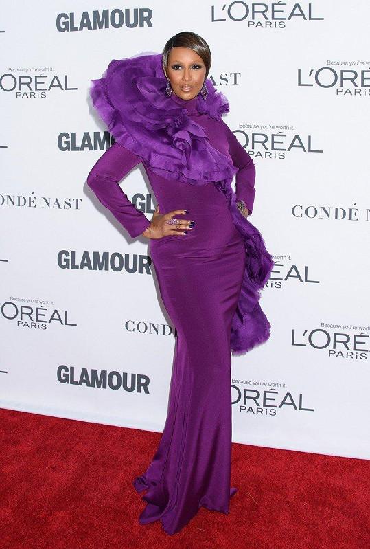 V tomto modelu okouzlila hosty gala večera Glamour Women of the Year
