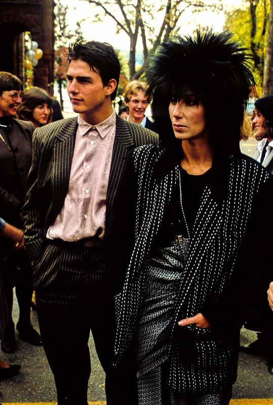 Cher a Tom Cruise měli v osmdesátkách žhavý románek, na který zpěvačka dodnes ráda vzpomíná.