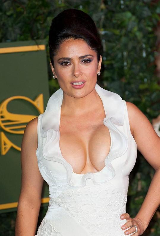 Mexická herečka předvedla vražedný dekolt.