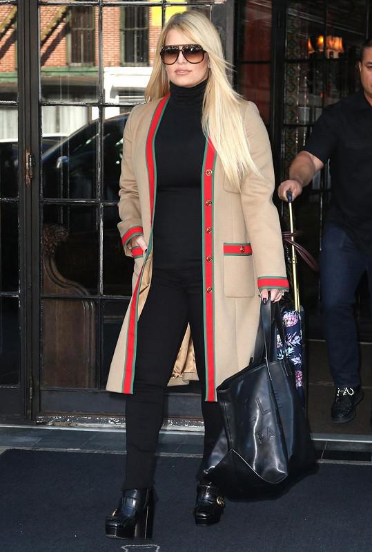 Jessica Simpson od porodu zhubla 45 kilo.
