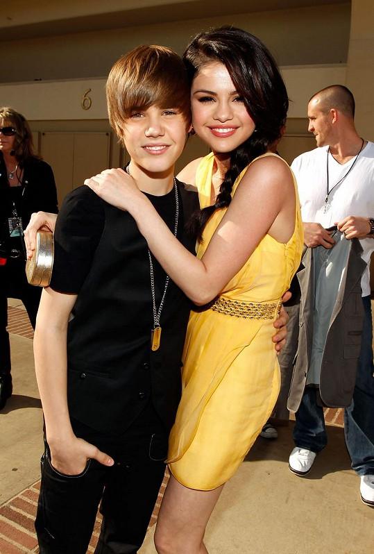Se zpěvákem randila od dětství.