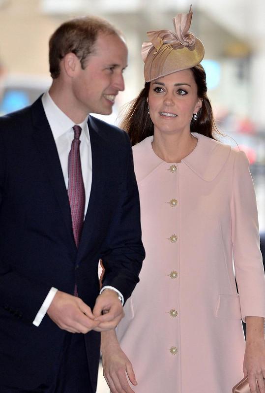 Kate bude rodit už v druhé polovině dubna.