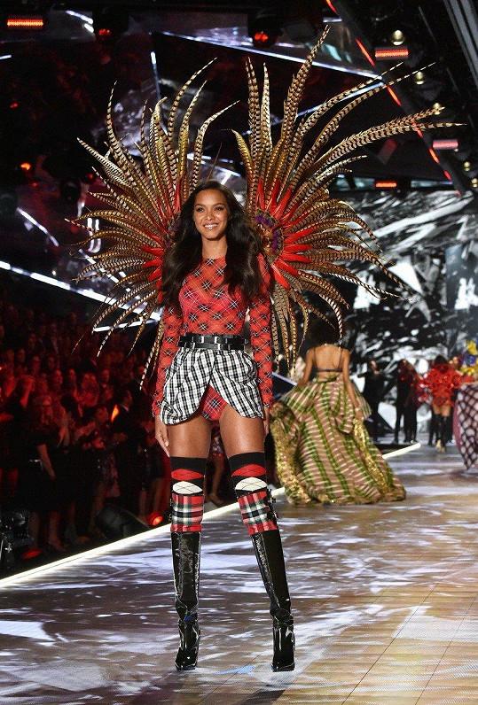 V loňském roce Ribeiro dokonce oblékla ikonickou Fantasy Bra.