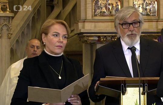 Dagmar Havlová a Jiří Bartoška pronesli modlitbu.