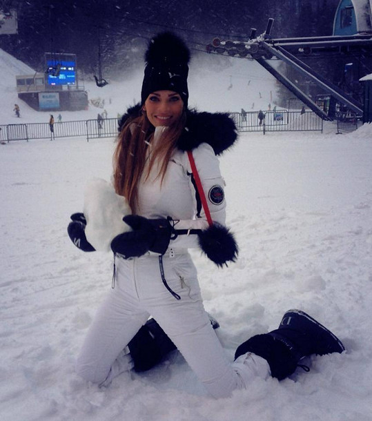 Andrea Verešová zase řádí ve Špindlu.
