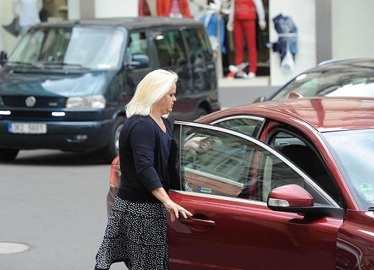Monika Štiková dorazila do Varů v pondělí.