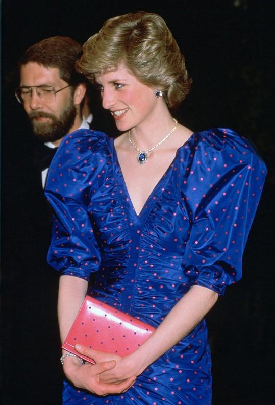 Princeznu oblékal pro nejrůznější příležitosti.