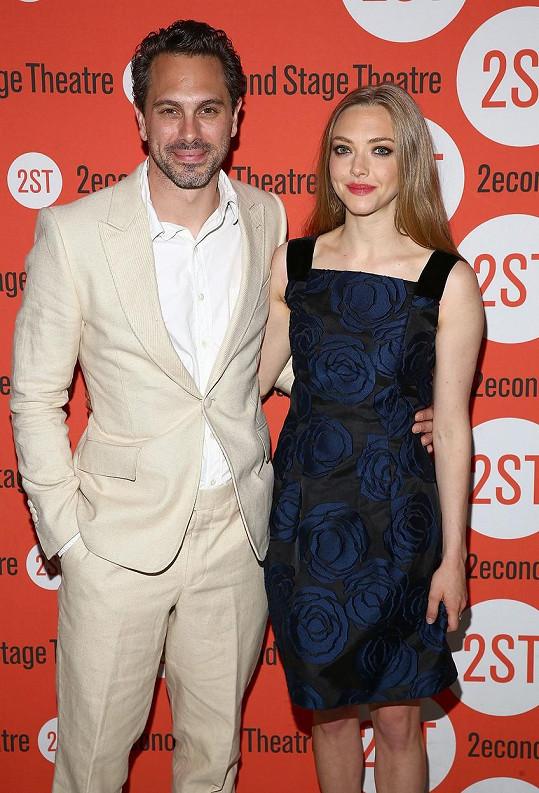 Amanda Seyfried a Thomas Sadoski se spolu objevovali na akcích už loni v červnu.