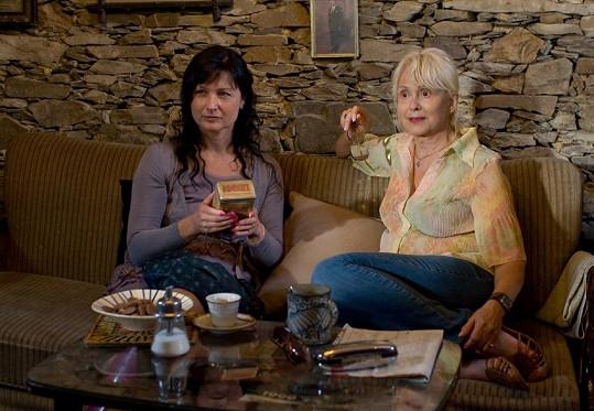 Před pěti lety se Simonou Chytrovou v menší roli televizního filmu Vůně kávy.