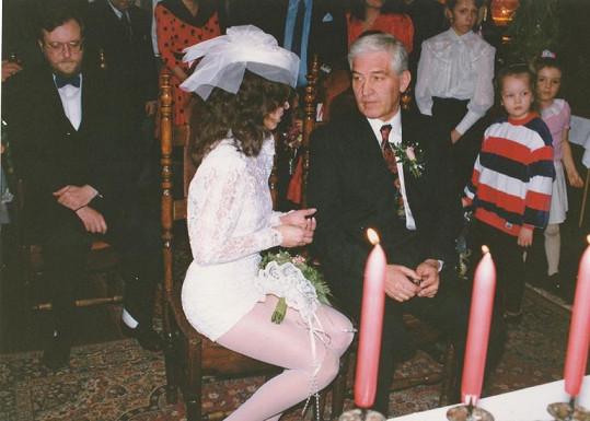 Zpěvačka se vdávala před 29 lety.