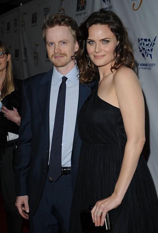 Emily s manželem Davidem Hornsbym