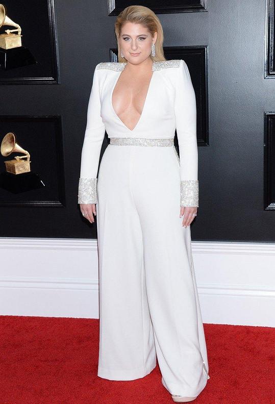 Meghan Trainor na udílení Grammy