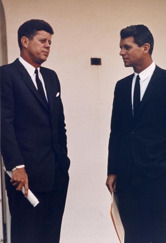 Kvůli jejímu úmrtí vyšetřovala CIA bratry Kennedyovy.