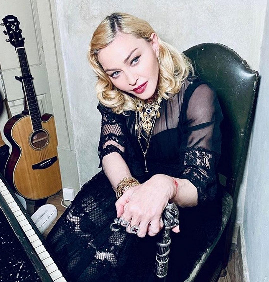 Madonna tvrdí, že prodělala koronavirus.