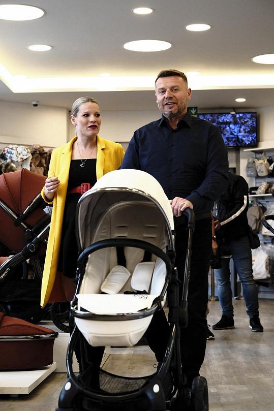 Michaela a Jiří se těší na miminko.