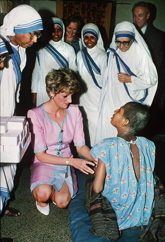 Diana se i díky své humanitární činnosti stala princeznou lidských srdcí.