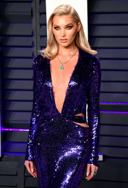 Modelku často označují za superštíhlou.