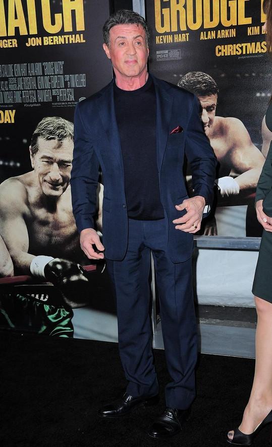 Herec na newyorské premiéře filmu Zpátky do ringu