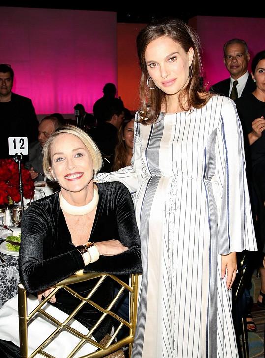 Sharon Stone vedle Natalie Portman
