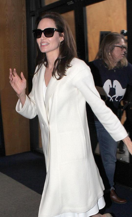 Angelina Jolie krátce před tím, než ji na silnici čekalo drama.