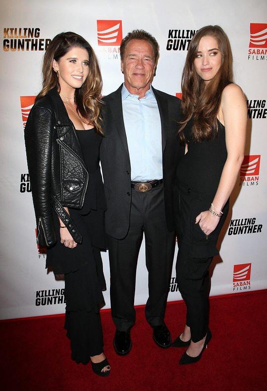 Arnold Schwarzenegger se svými krásnými dcerami