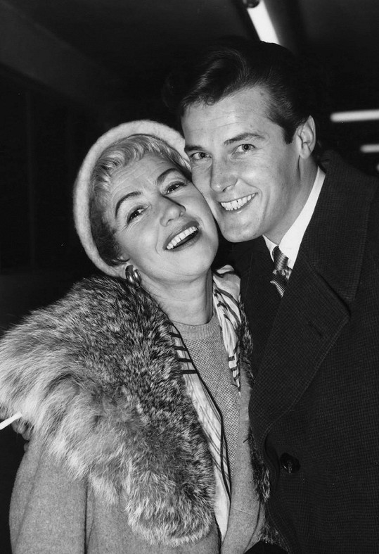 S Dorothy Squires, jednou ze svých čtyř manželek