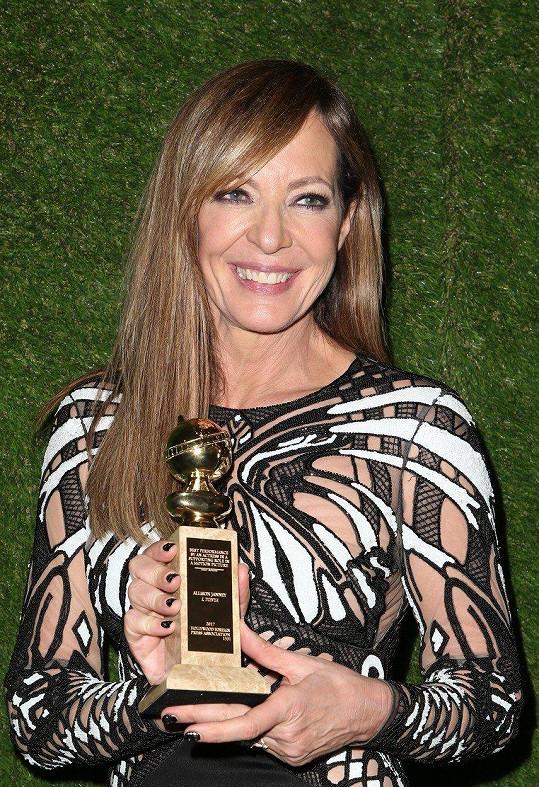 Allison Janney získala Zlatý glóbus za vedlejší roli ve filmu Já, Tonya.