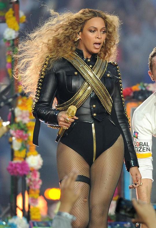 Beyoncé vsadila na sexy kostým.