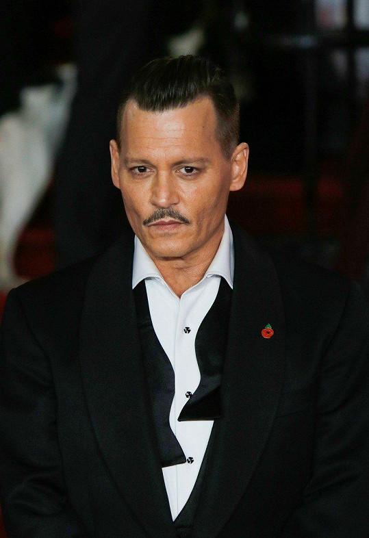 Herec na premiéře Vraždy v Orient expresu (2017)