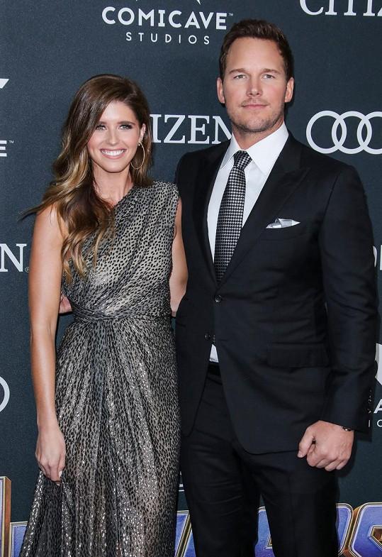 Katherine Schwarzenegger a Chris Pratt se rok po svatbě stanou rodiči.