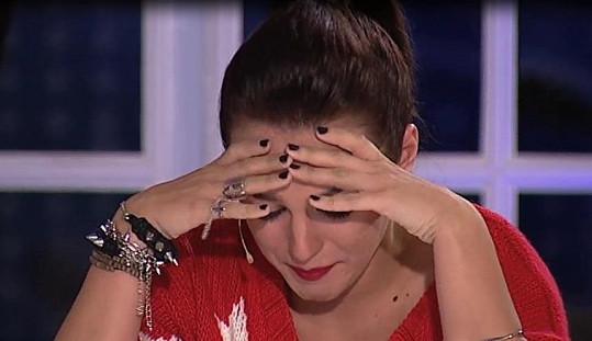 Ewa Farna se v SuperStar nebojí projevit své emoce.