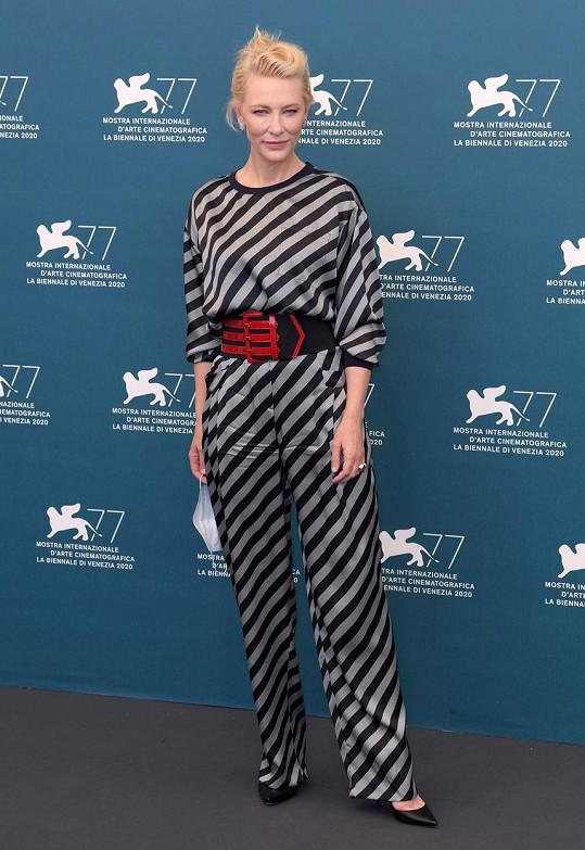 Cate Blanchett zasedla v porotě letošního ročníku.