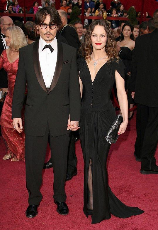 Vanessa Paradis má s Deppem dvě děti, jeho manželkou se nikdy nestala.