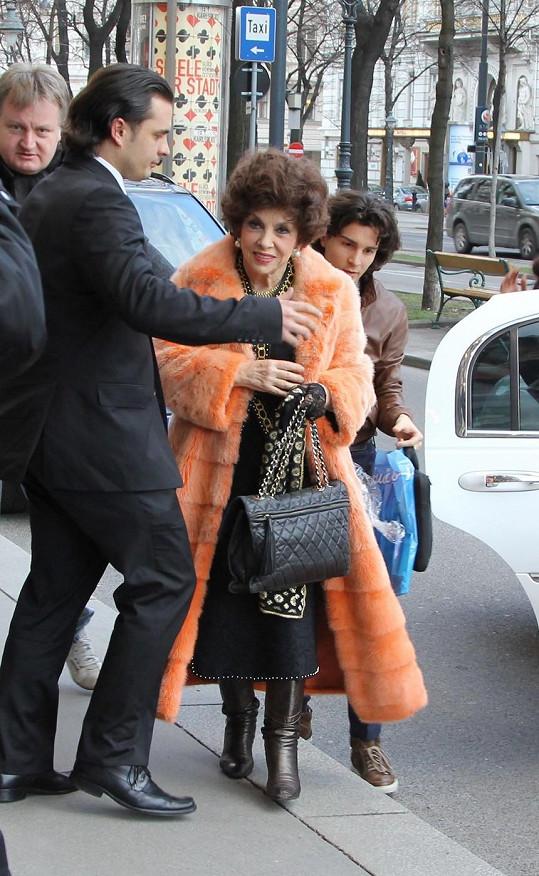 Gina Lollobrigida při návštěvě Vídně.