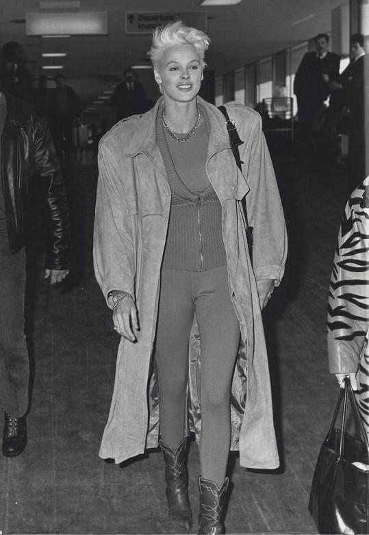 Brigitte Nielsen v roce 1987, ze kterého pochází pikantní historka, již připomněla v pořadu The Talk.