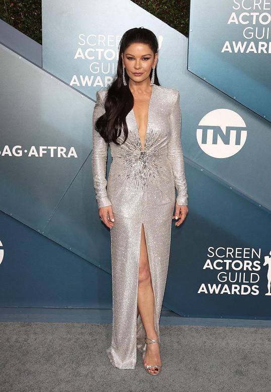 Catherine Zeta-Jones nikdy nezklame.