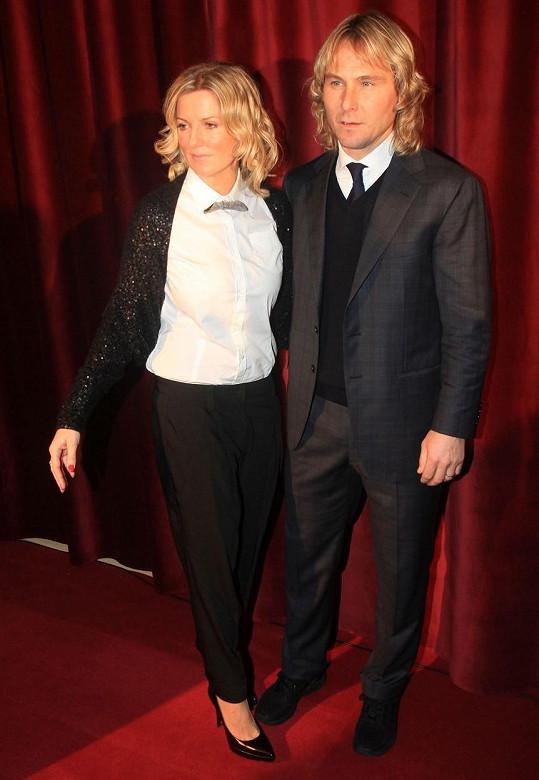 Pavel Nedvěd s manželkou