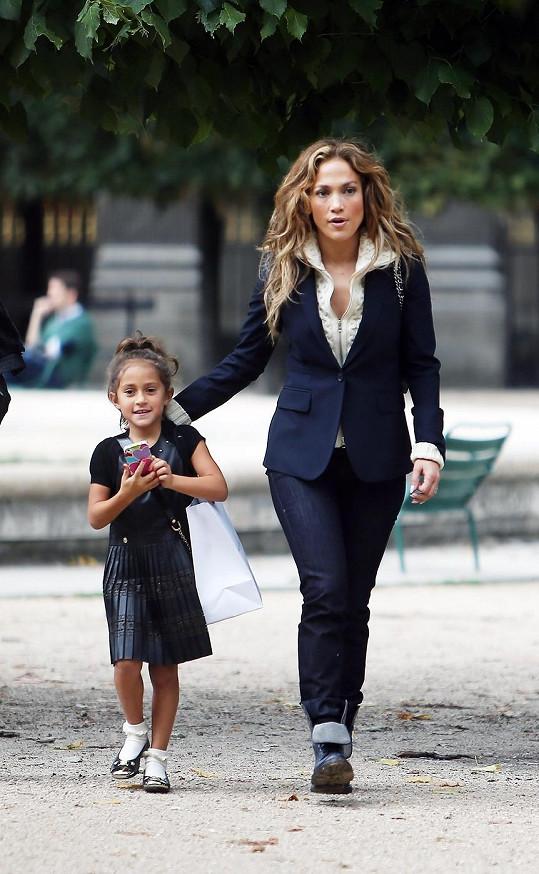 Jennifer s dcerou.