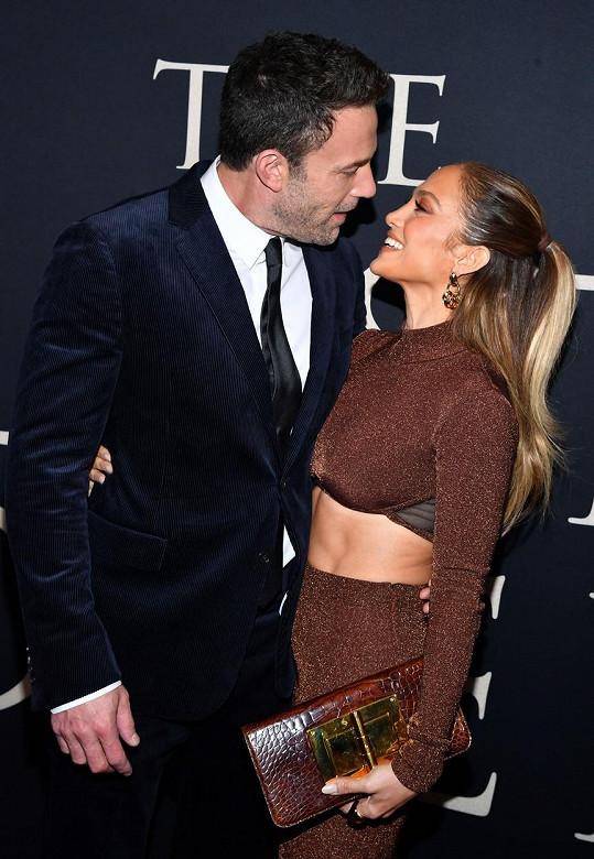 Jejich zamilovanost je na nich vidět při každé společenské události, na kterou se spolu vydají.