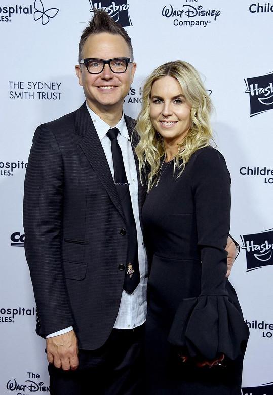 S manželkou Skye Everly je 20 let.